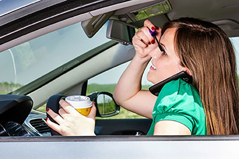 Avoiding Distractions as You Drive, stay focused as you drive