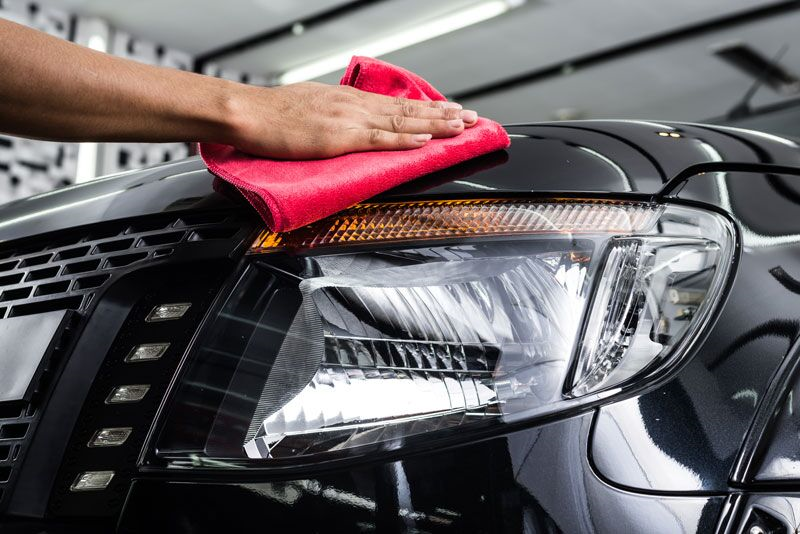 polishing front of car, tips to get your car ready to sell