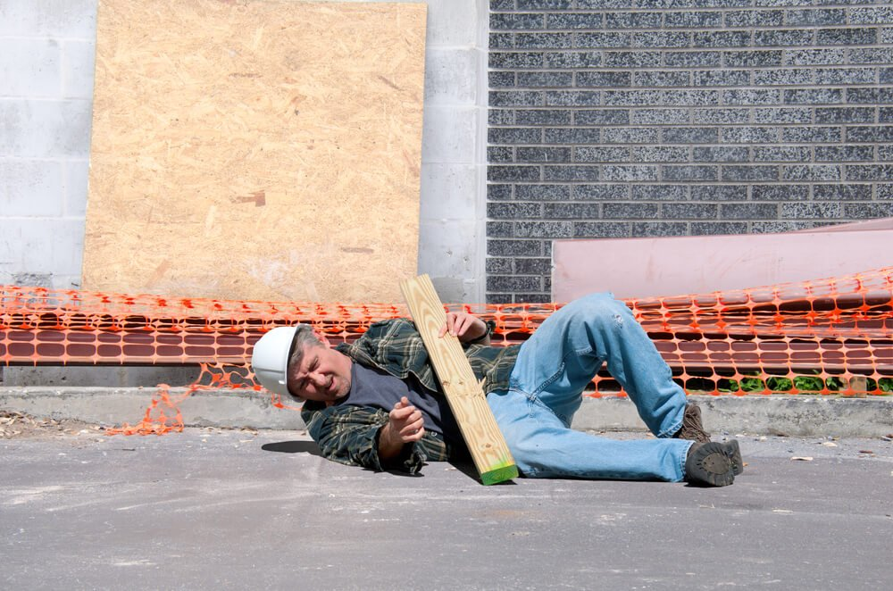 Important Tips to Avoid Workers' Compensation Issues in the Workplace